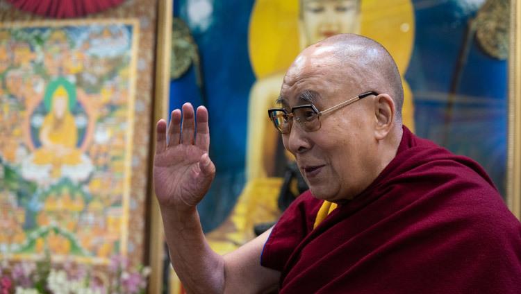 Bien-être et résilience (Sa Sainteté le Dalaï Lama) 2021-01-22-Dharamsala-N01_JAM4498
